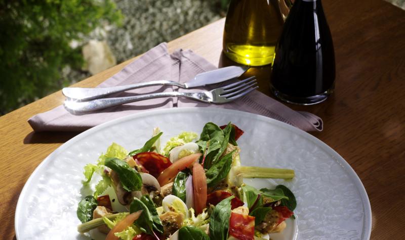 salata-cu-somon